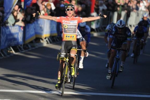 Le-coureur-equipe-Team-Direct-Energie-Bryan-Coquard-vainqueur-2e-etape-Etoile-Besseges-4-fevrier-2016_0_730_485