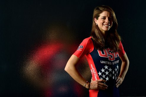 evelyn stevens sets new hour record cycling