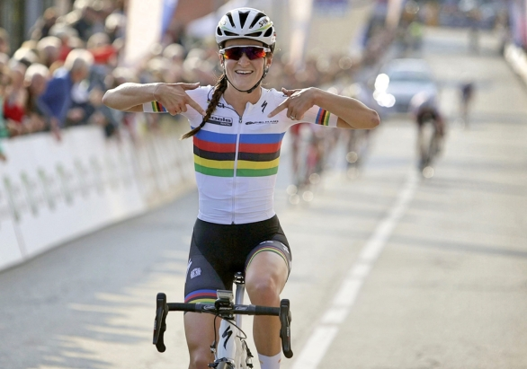 Lizzie-Armitstead-world-champion-Boels-Dolmans-Troffeo-Alfredo-Binda-Cittiglio-pic-Boels-Dolmans