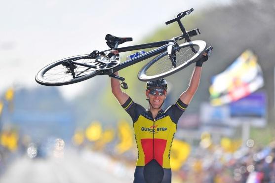 Philippe-Gilbert-Belgian-champion-Tour-of-Flanders-bike-QuickStep-Floors-pic-BrakeThrough-Media-QuickStep