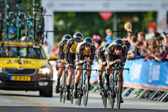 TEAM-LOTTO-NL---JUMBO_-UCI-Road-Cycling-World-Championships-2017-–-TTT-Men