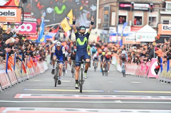 Alejandro-Valverde-Liege-Bastogne-Liege-Movistar-2017-salute-Michele-Scarponi-pic-Sirotti
