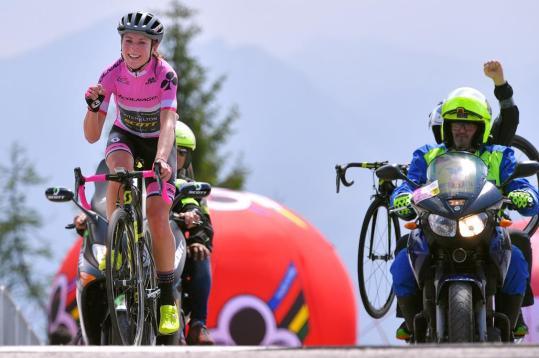 Annemiek-van-Vleuten-2018-Giro-Rosa-Zoncolan